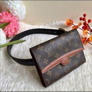 Louis Vuitton Arche Clutch Beltbag